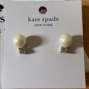 NWT authentic Kate Spade Pearl studs
